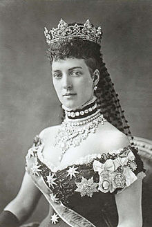 220px-queen_alexandra_the_princess_of_wales