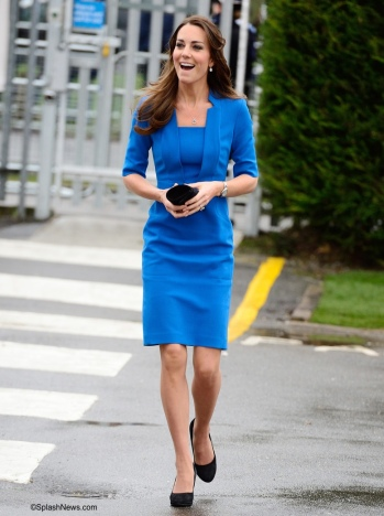 Kate-Arriving-Feb-14-2014-Northolt-School-Detroit-LK-Bennett-Dress-Cartier-Whatling-Splash-700-x-1000 (1).jpg