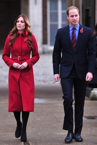 rs_634x953-131107074939-634-prince-william-kate-middleton-red-coat-jl-110713