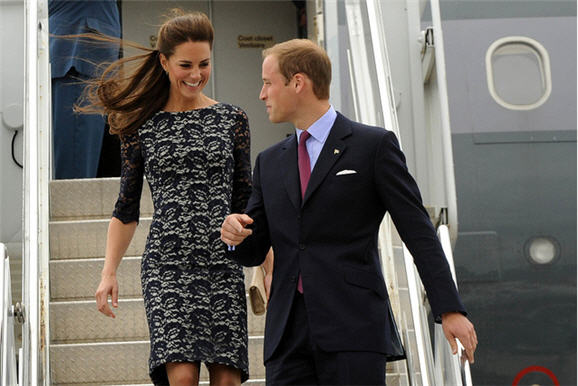 catherine_duchess_of_cambridge_erdem_dress_canada_arrival