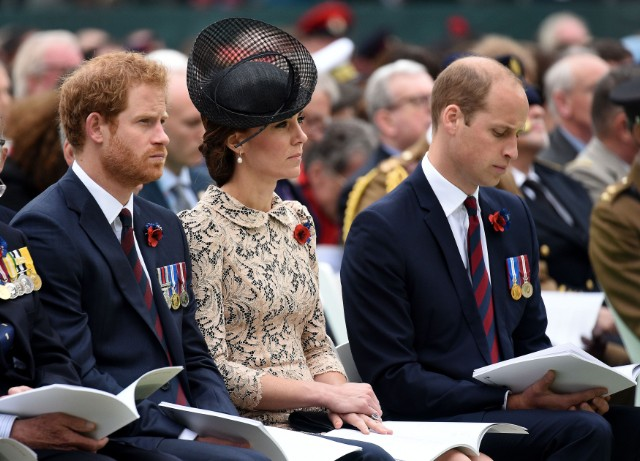 kate-middleton-prince-william-prince-harry-somme-070116-5-640x461.jpg