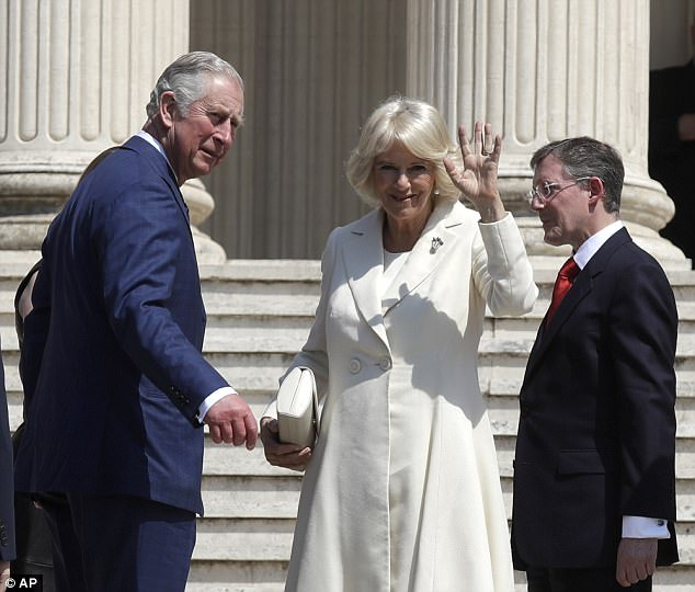 3EEDBC5900000578-4378538-Camilla_waves_to_the_camera_following_a_visit_to_the_British_Sch-a-24_1491330414270.jpg