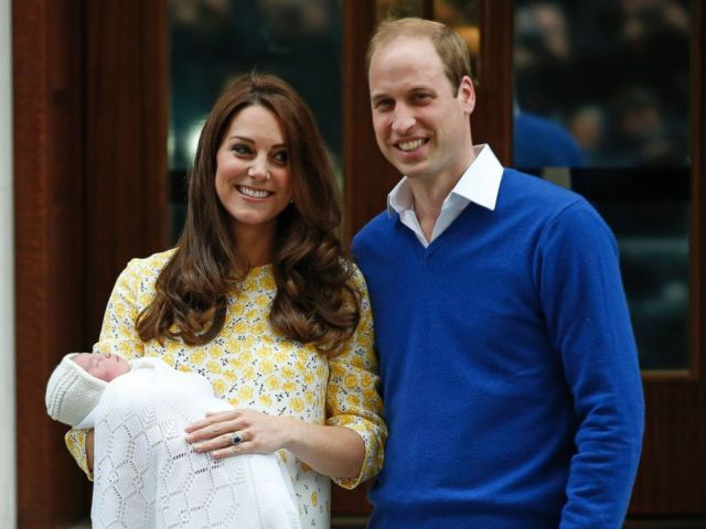 AP_kate_middleton_prince_william_baby_princess_1_jt_150502_4x3_992.jpg