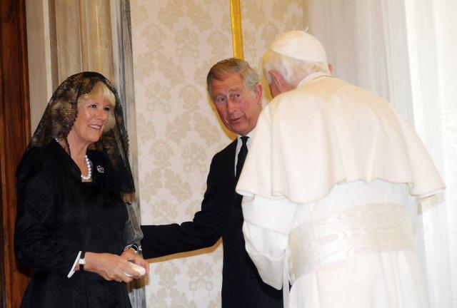 Prince+Charles+Duchess+Cornwall+Visit+Pope+k6ECP9nF22ox.jpg