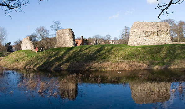 Berkhamsted_Castle_Jan_2007.jpg