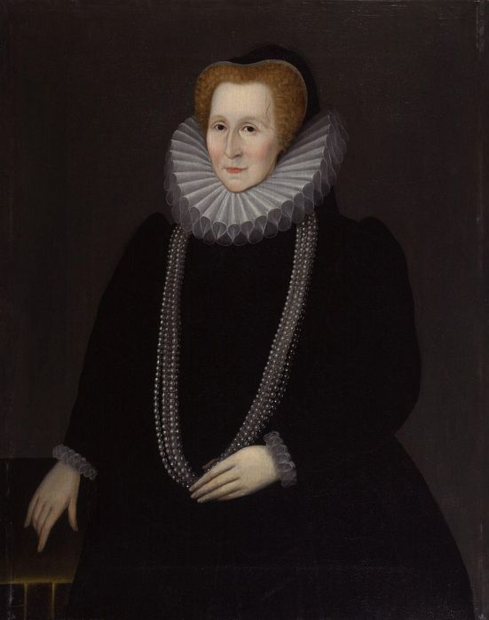 800px-Elizabeth_Talbot,_Countess_of_Shrewsbury_from_NPG.jpg