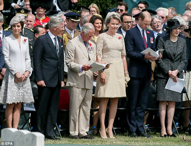42D80B5D00000578-4748050-The_Duchess_of_Cambridge_King_Philippe_of_Belgium_Prince_Charles-a-38_1501546430369.jpg