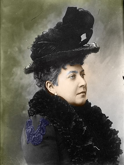 Princess_Helena_1910_colour.jpg