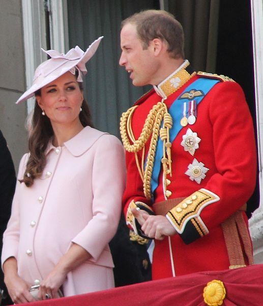 517px-Duchess_and_Duke_of_Cambridge.JPG
