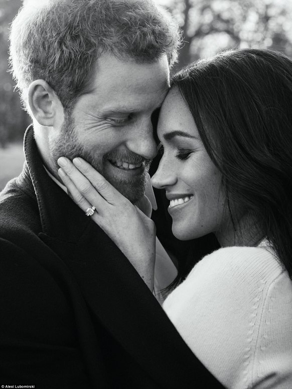 477F9C0000000578-5201959-Harry_and_Meghan_released_the_official_engagement_portraits_almo-a-126_1513860094051