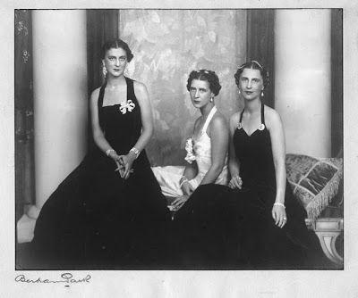 cf1d554504dec423a8b442327e40b2ce--princess-elizabeth-royal-families
