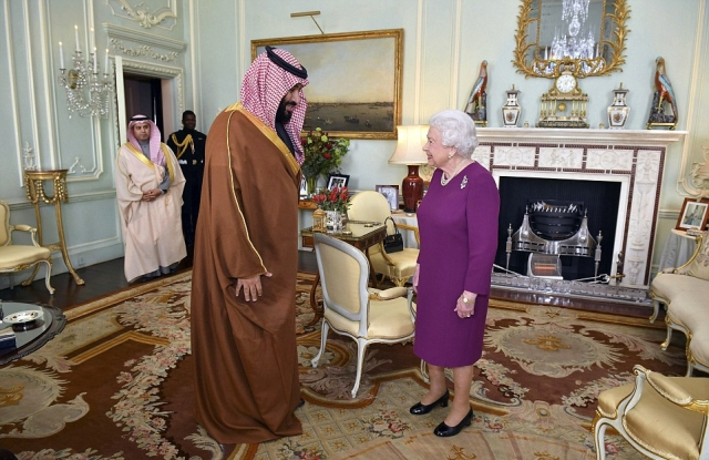 49F79E1900000578-5472007-Saudi_Crown_Prince_Mohammed_bin_Salman_met_with_the_Queen_at_Buc-a-39_1520439206118