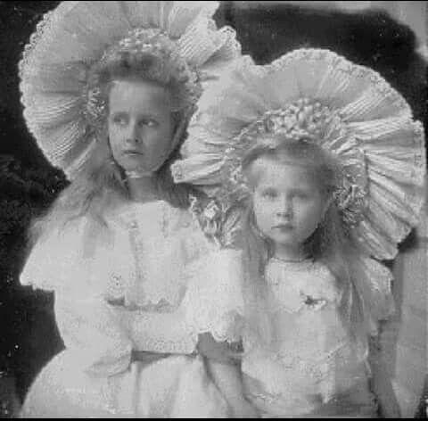 Elisabeth & Mignon