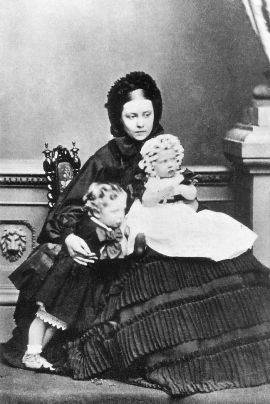 Vicky with Charlotte in 1861