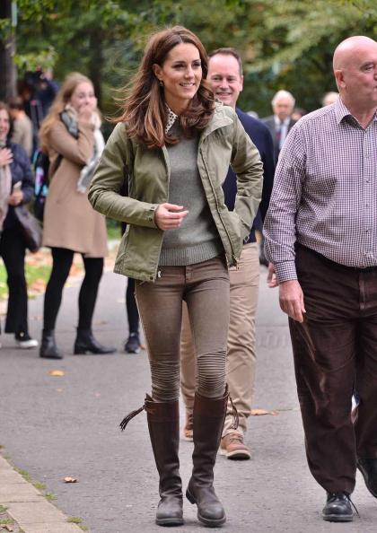 Fjällräven Jacket & Zara Skinnies
