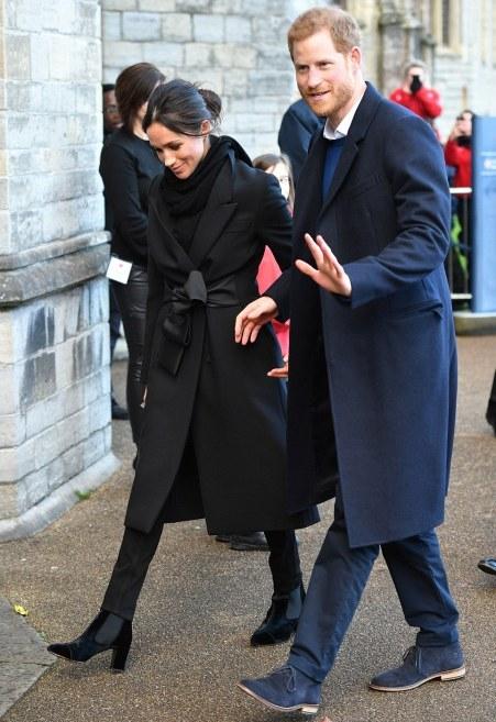black-stella-mccartney-coat.jpg